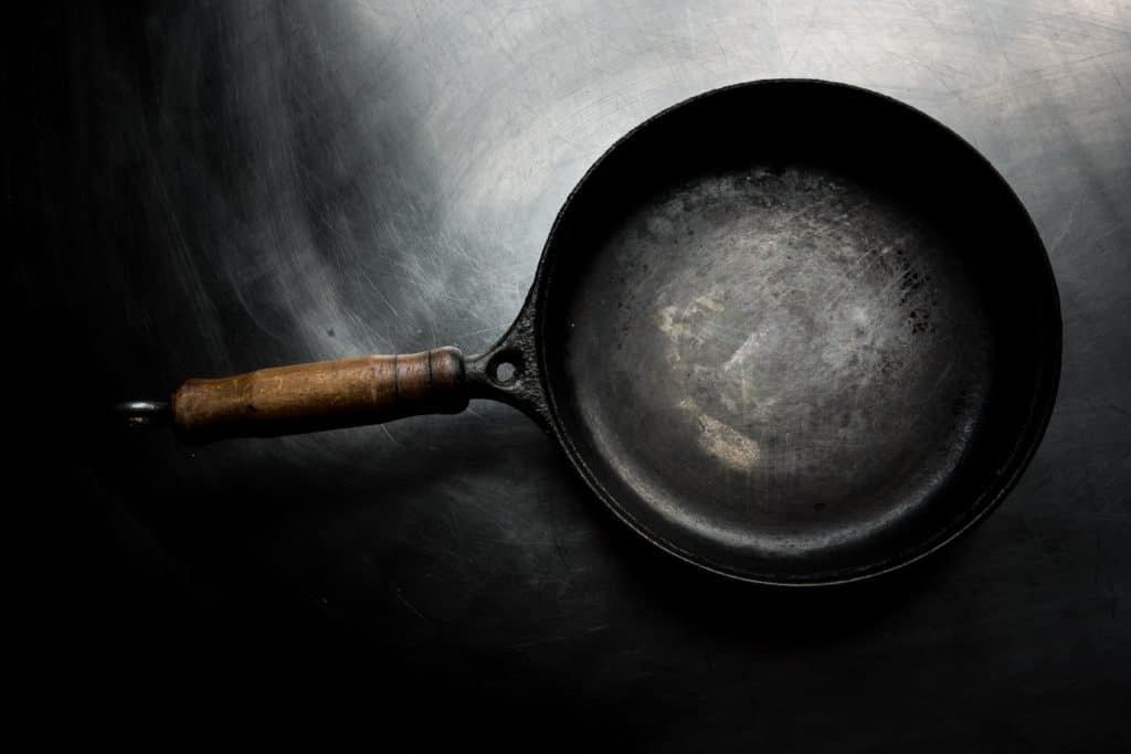 The Best Way To Clean Greasy Pans