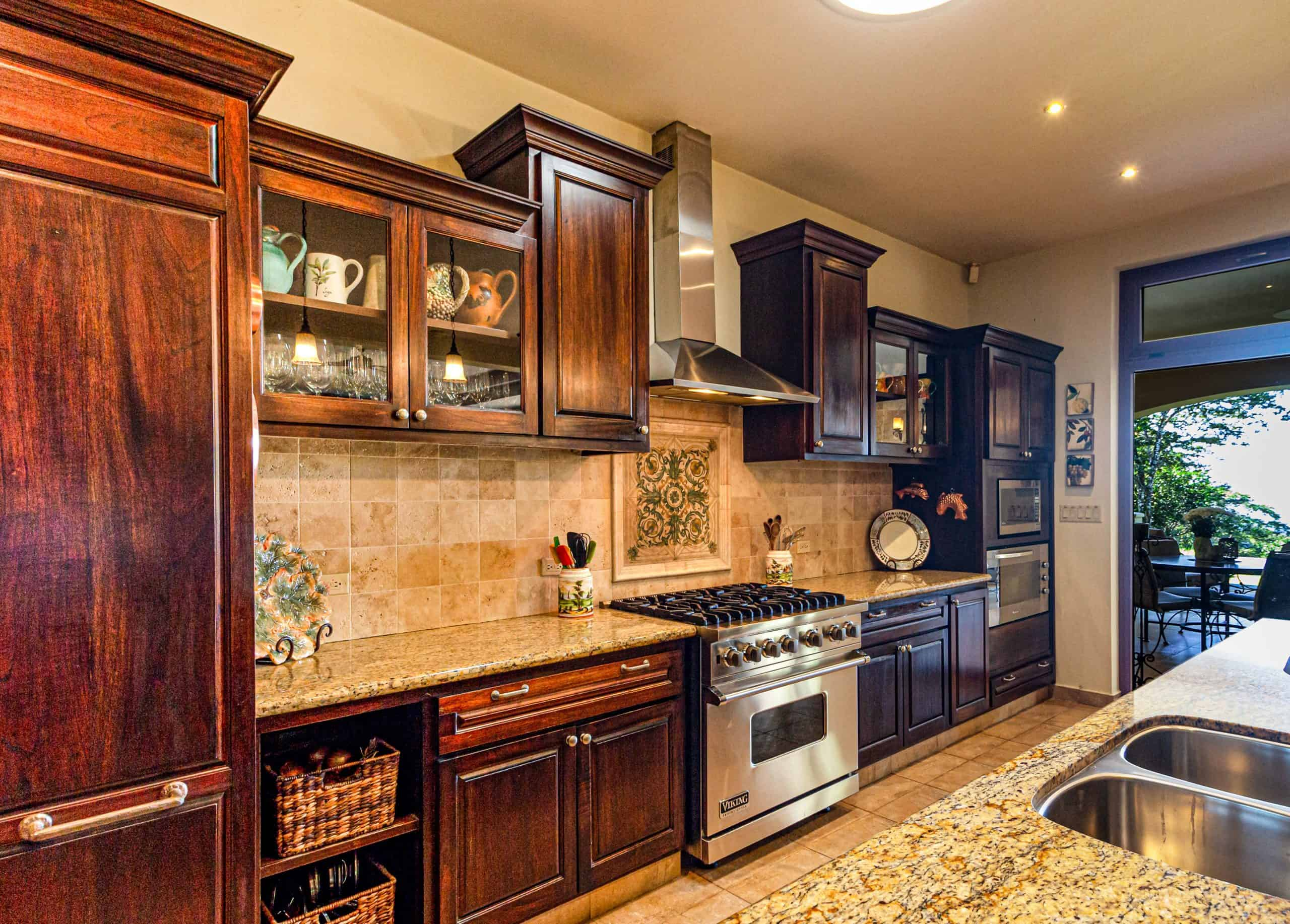 Tips on Organizing Your Kitchen Cabinets